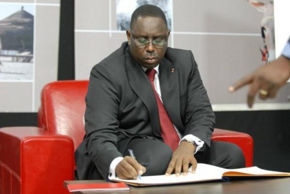 Report des élections locales: Macky adopte le projet de loi