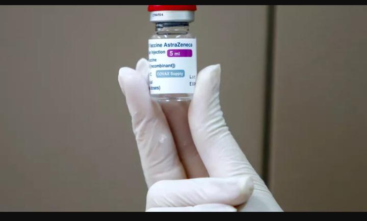 Vaccin AstraZeneca : sept (7) décès à la suite de caillots sanguins au Royaume-Uni
