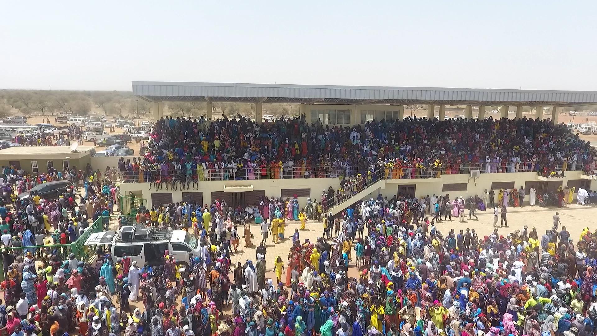 «Ay dóor la ! !»* La chronique salée de Kaccor Bi sur les grands rassemblements politiques et sportifs