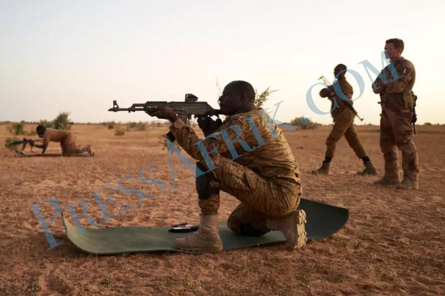 Burkina Faso : au moins huit morts dans une attaque contre des unités mixtes