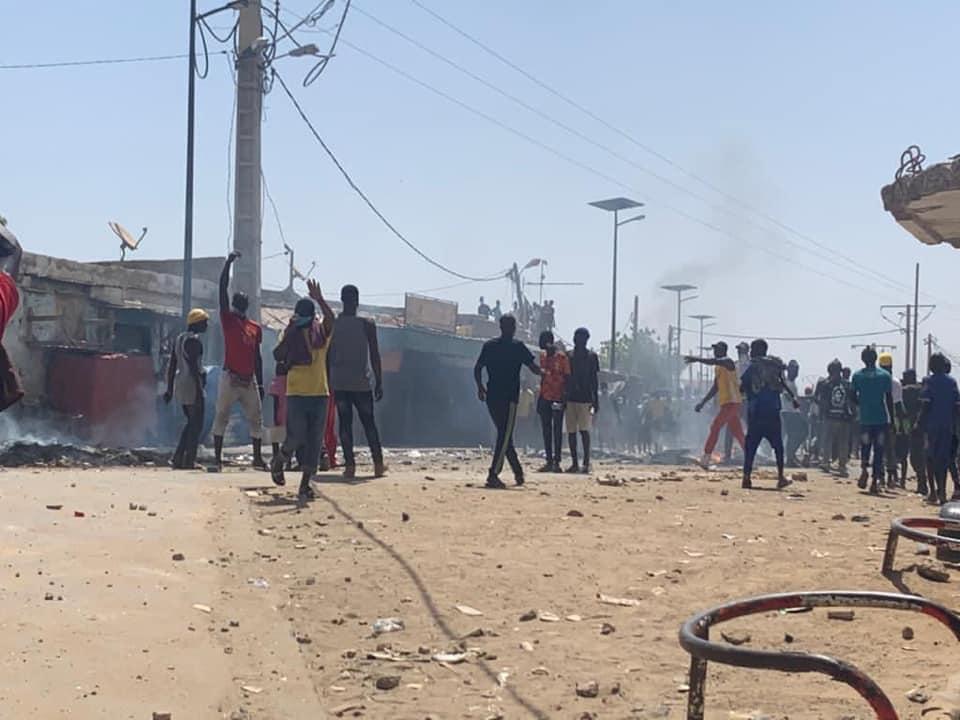 Rosso Sénégal: les jeunes affrontent les forces de l'ordre et exige la réouverture des frontières