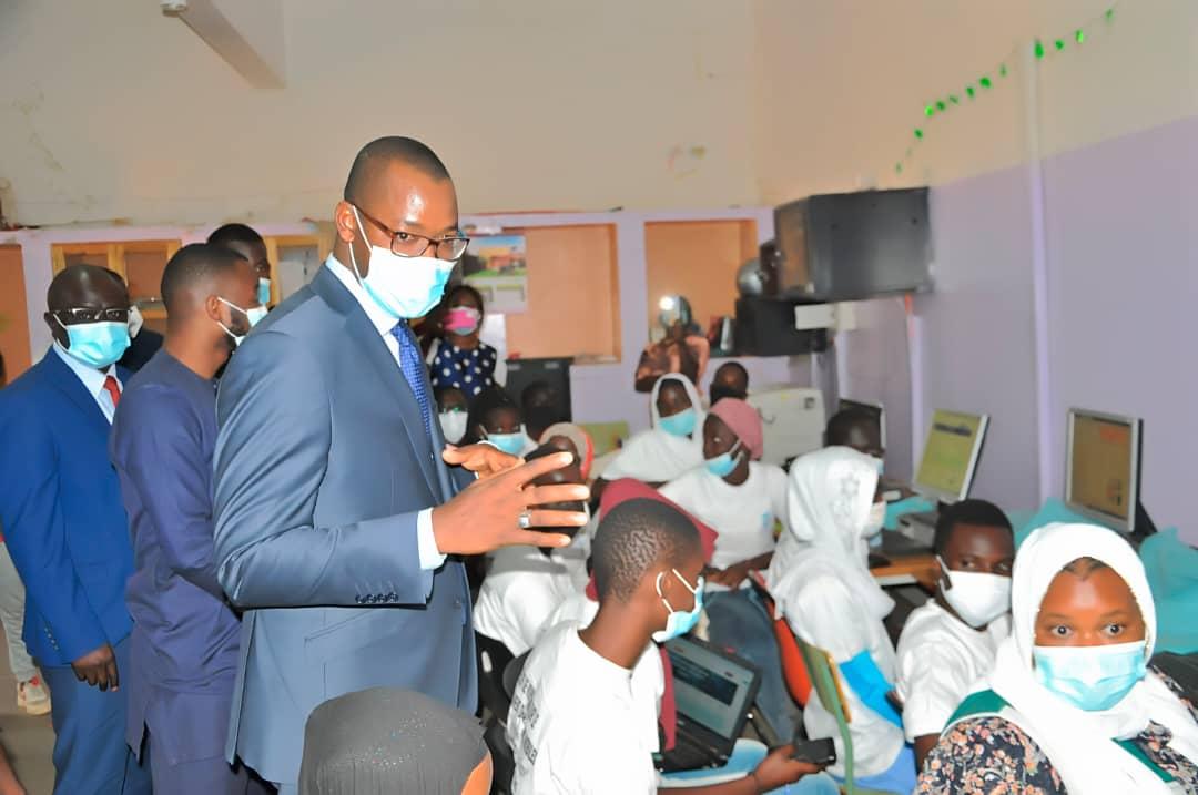 Protection des enfants en ligne: le ministère de l'Economie numérique a débuté la formation par les médias