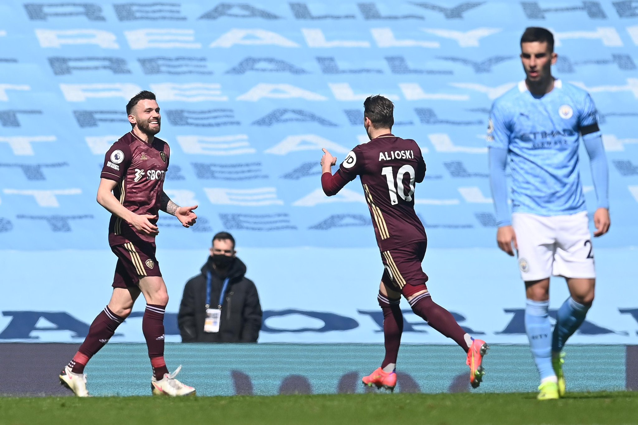 Manchester City tombe face à Leeds en Premier League