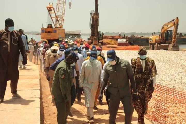 """Mansour Faye: """"le pont Marsassoum sera livré au plus tard en décembre 2021"""""""
