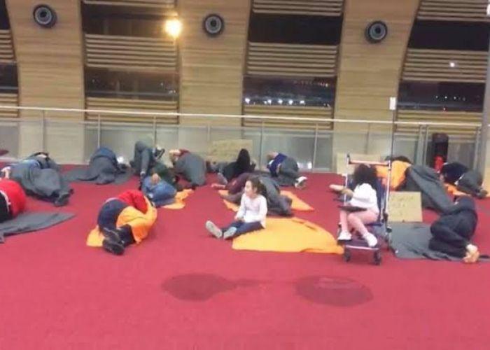 France: toujours bloqués à l'aéroport de Paris-CDG, six Algériens vivent «un calvaire»