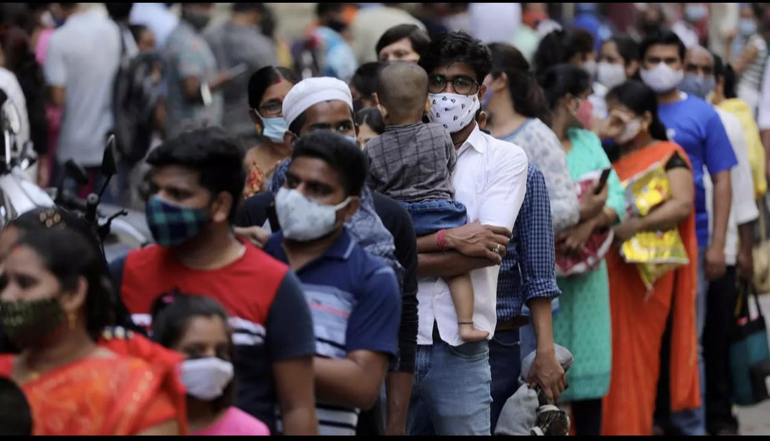 Brèves d'Afrique et d'ailleurs: l'Inde bat un nouveau record de la pandémie de COVID19, des présumés assassins jugés en leur absence dans un tribunal parisien pour des faits qui se déroulé en Côte d'Ivoire