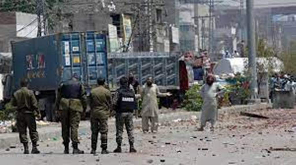 Tensions au Pakistan: plusieurs appels à la grève de mouvements religieux, les policiers relâchés