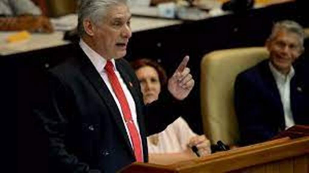 À Cuba, Miguel Diaz-Canel prend le pouvoir dans les pas de Raul Castro
