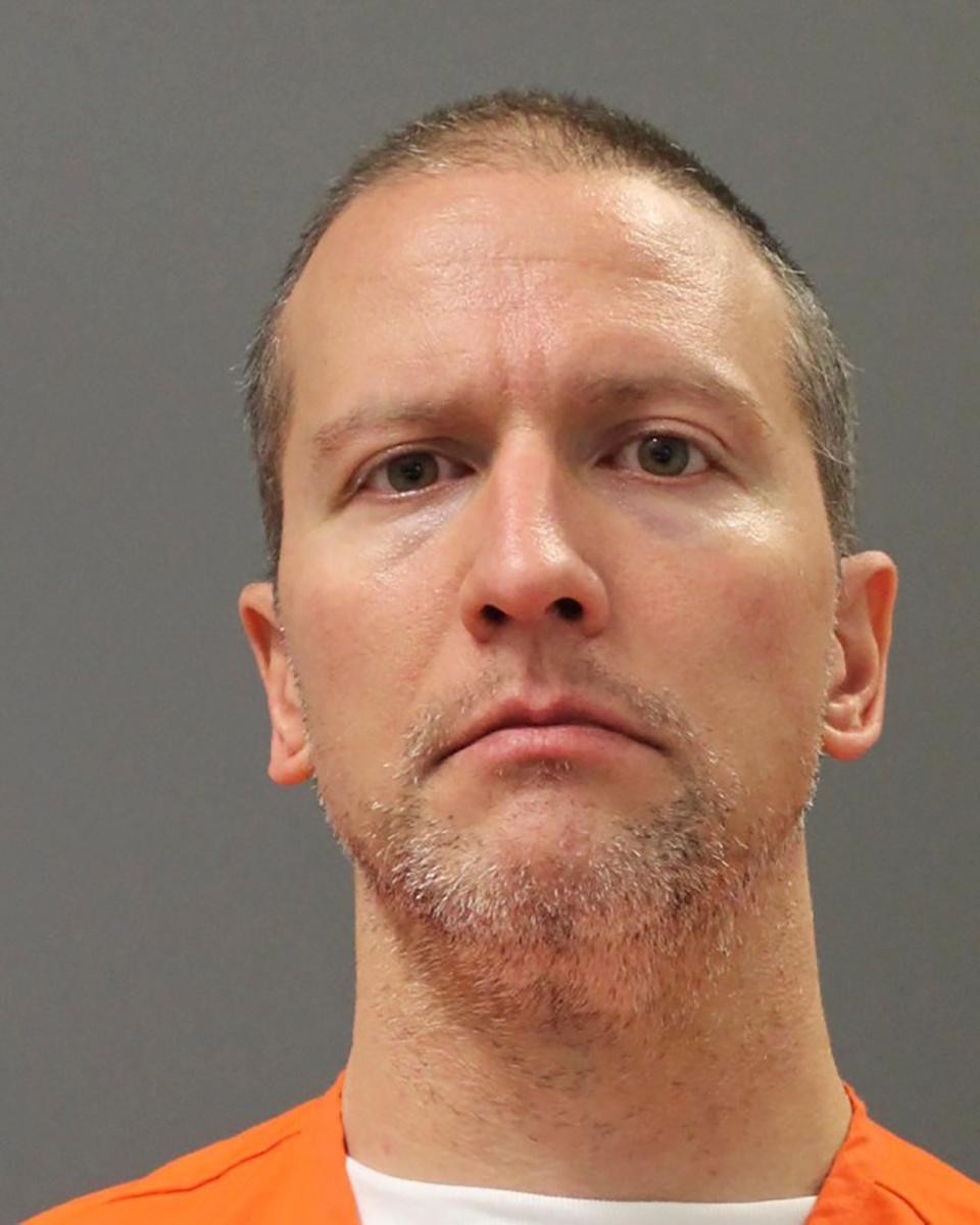 Mort de George Floyd: Derek Chauvin reconnu coupable de «meurtre»