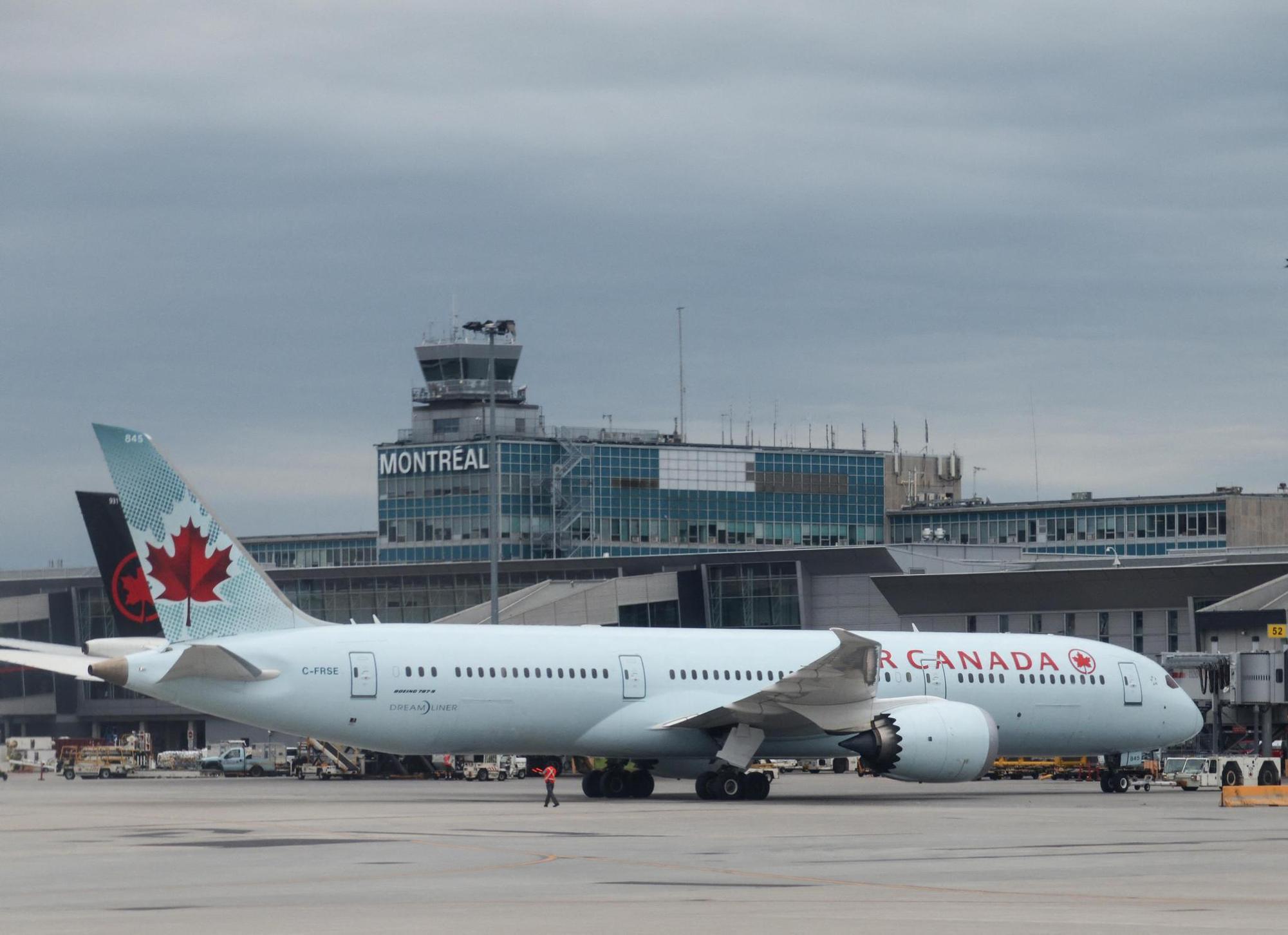 Covid-19: le Canada suspend les vols en provenance d'Inde et du Pakistan pendant un mois (ministre)