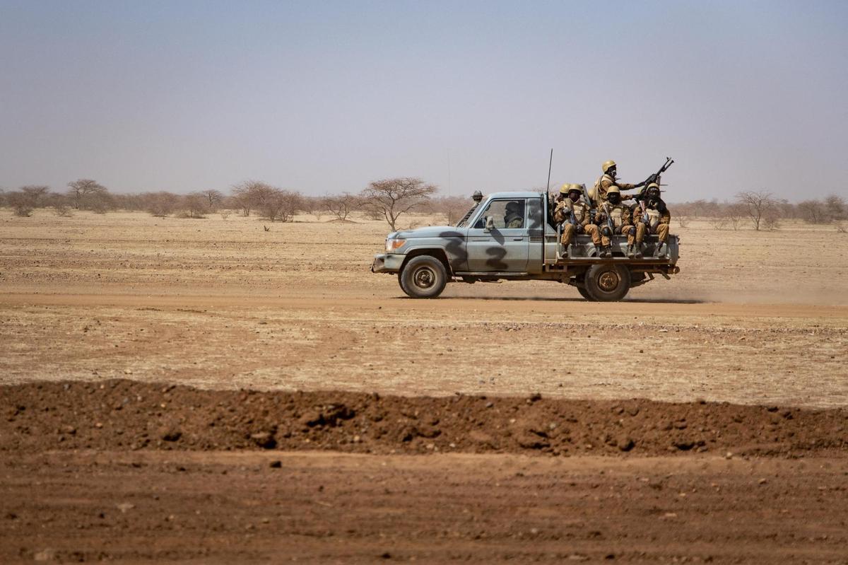 Burkina Faso: les trois Européens disparus dans une embuscade auraient été tués par des terroristes