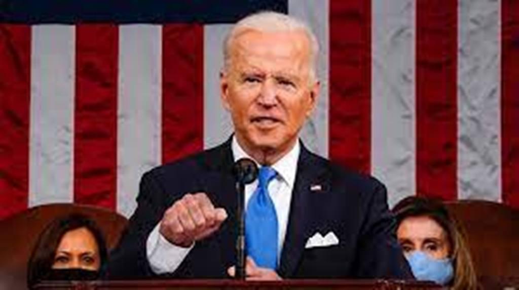 États-Unis: Joe Biden vante ses réussites lors de son premier grand discours au Congrès