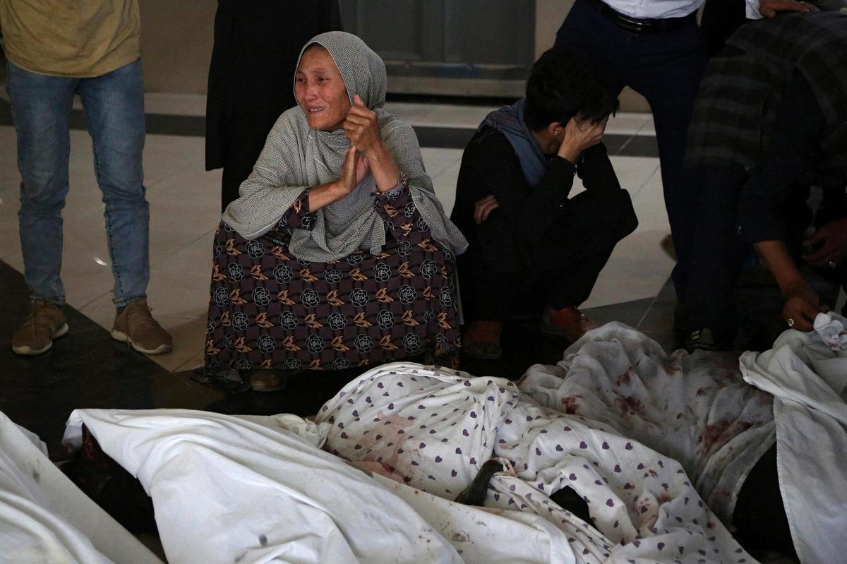 Le bilan des attentats à la bombe près d'une école pour filles à Kaboul s'élève à 50 morts