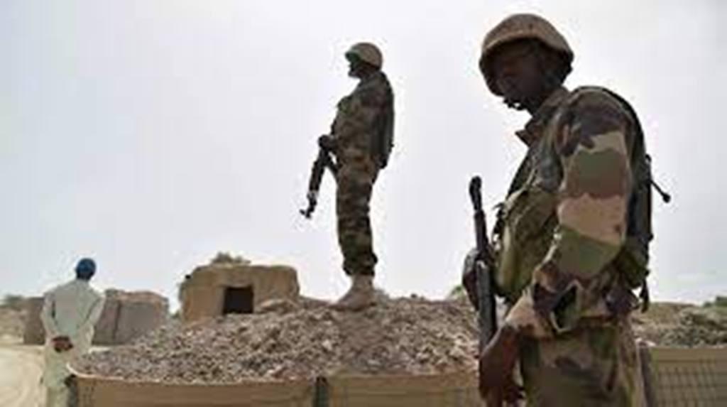 Insécurité au Niger: des villageois fuyant les attaques arrivent à Tillaberi