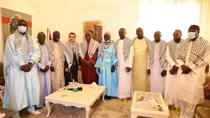 Une délégation du khalife général des tidianes reçue par l'ambassadeur Safwat Ibraghith pour soutenir la Palestine