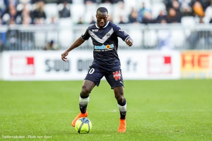 Bordeaux propose de prolonger le contrat de Youssouf Sabaly