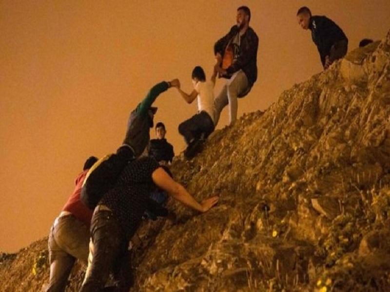 6000 migrants atteignent l'enclave espagnole, un nombre record