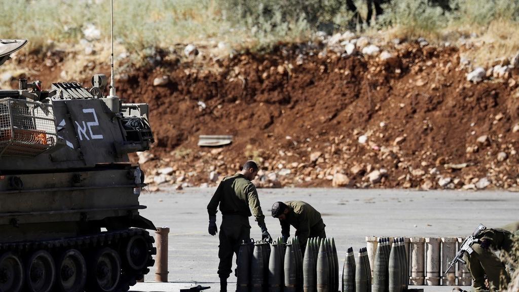 Tirs d'artillerie israéliens vers le Liban en représailles à des roquettes (armée)