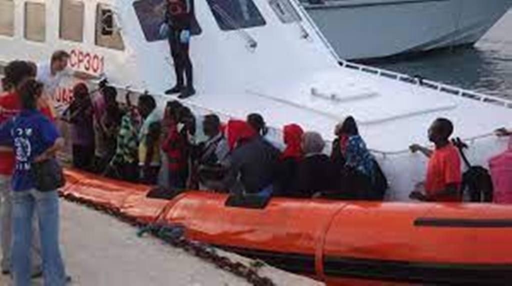 Migrations: l'UE propose de l'aide économique en échange d'un effort de Tunis
