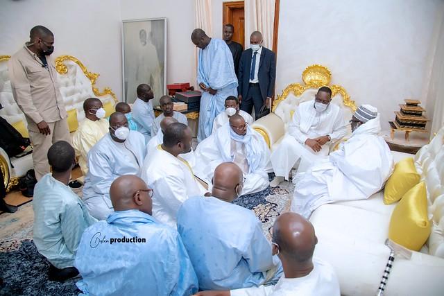 Le Président à Touba sans délégation... Mosquée rouverte à son honneur... Promesse d'emplois aux jeunes... Les mots du Khalife.
