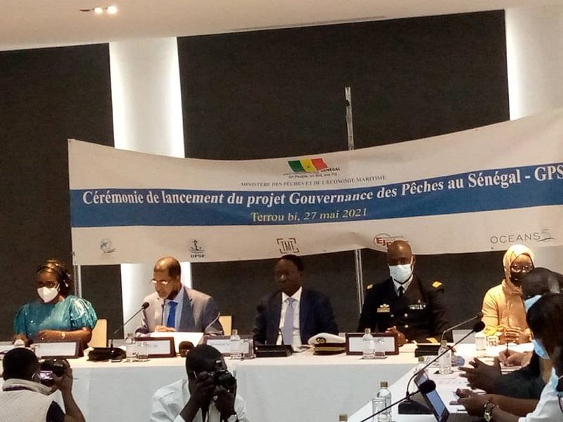 """""""Le Sénégal perd 150 milliards de FCFA par an à cause de la pêche illicite"""" (Ministère)"""