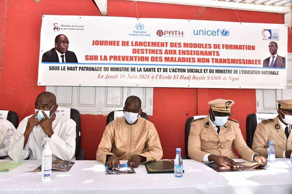 """Les modules sur les Maladies non transmissibles permettront un """"changement de comportement qualitatif chez les élèves"""", selon Diouf Sarr"""
