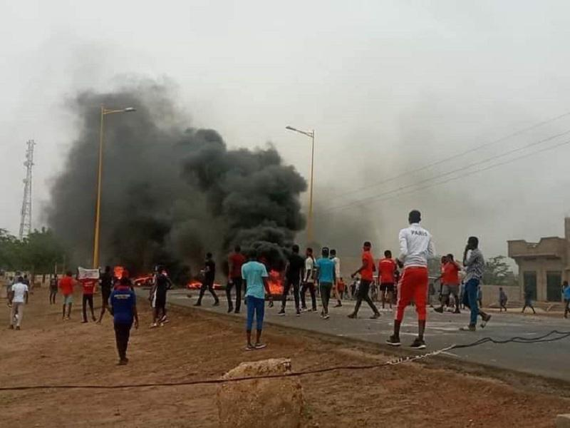 Manif' étudiant Fatick: 14 personnes interpellées, des blessés, franchises universitaires violées par la police