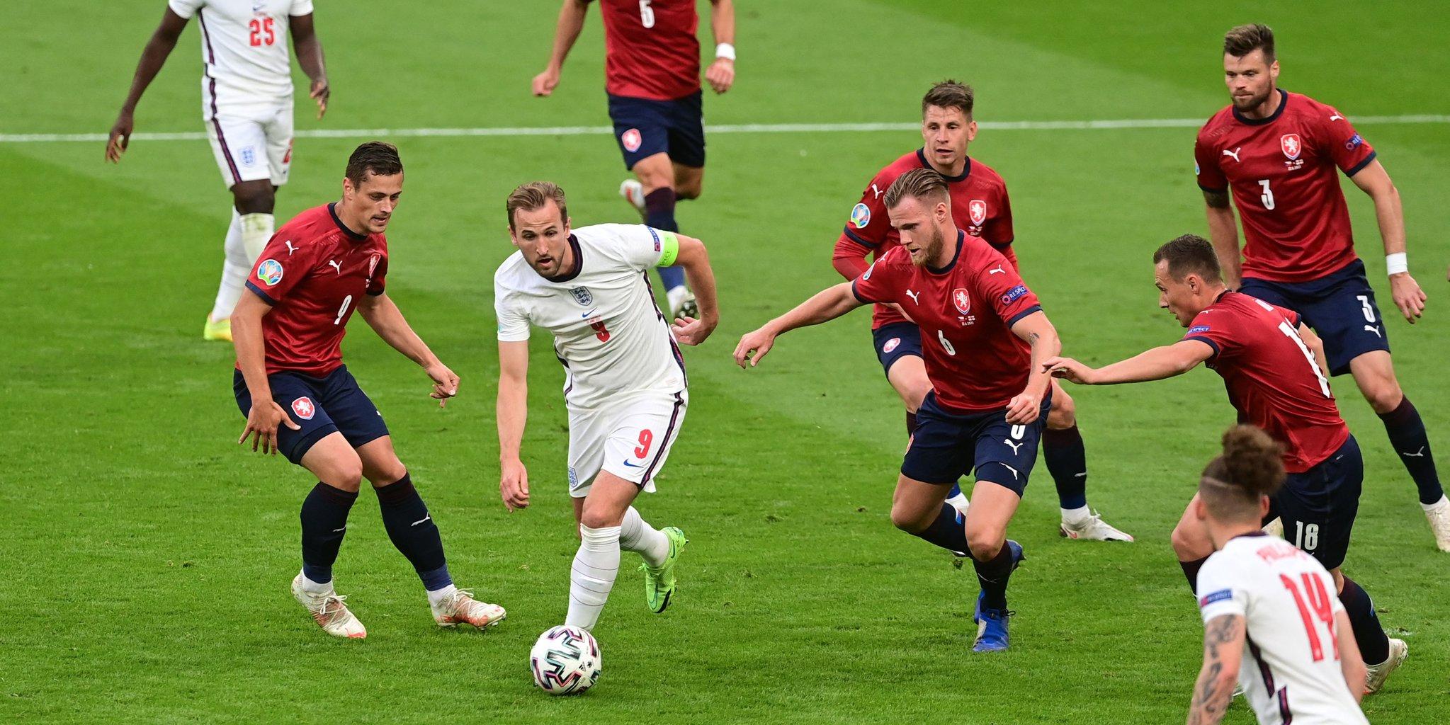 Euro: l'Angleterre bat la République Tchèque et finit première du groupe D