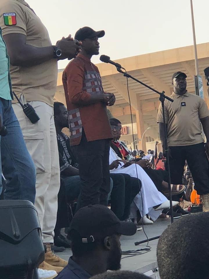 Rassemblement contre le 3e mandat du M2D: une véritable démonstration de force de Sonko