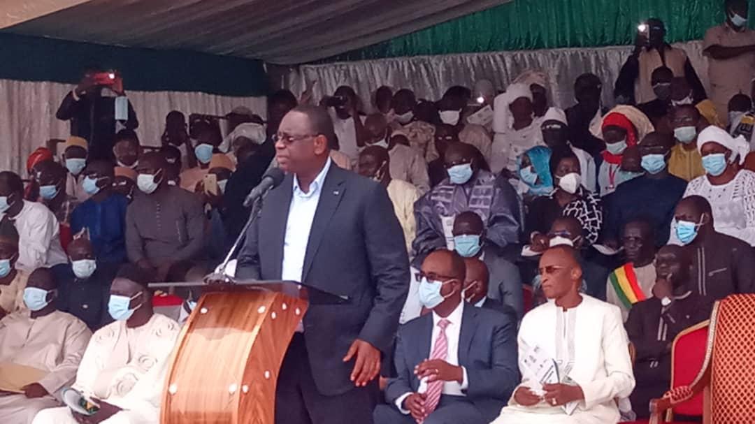 Lancement du PROMOGED : Macky Sall procède à la pose de la prière pierre du dépositoire de Mbeubeuss