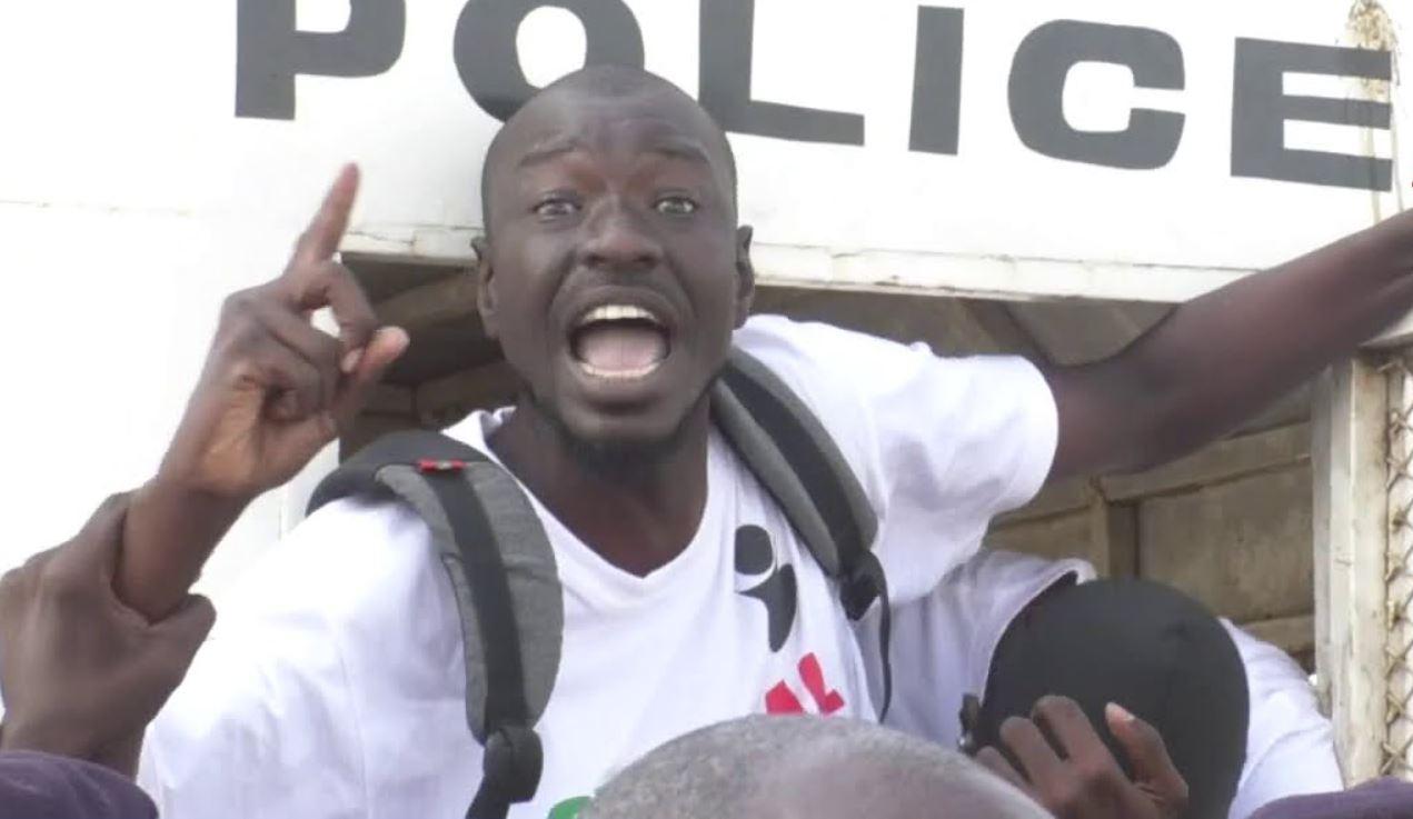Abdou Karim Gueye arrêté cette nuit devant les grilles de l'Assemblée nationale