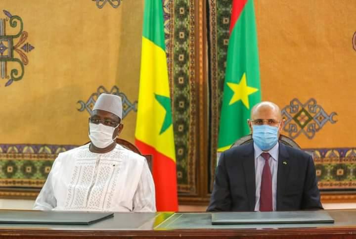 En Mauritanie, Macky signe sept (7) accords portant sur la justice, pêche et transport
