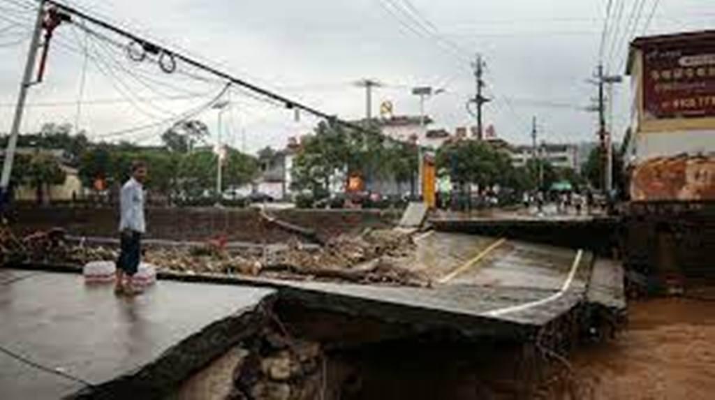 Inondations en Chine : Zhengzhou dévastée, la pluie menace toujours