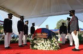 Lors de funérailles nationales, Haïti dit adieu à son président assassiné