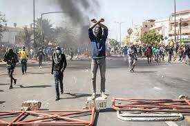 Décès de Samba Sarr : Des manifestations signalées à Pikine pour réclamer justice