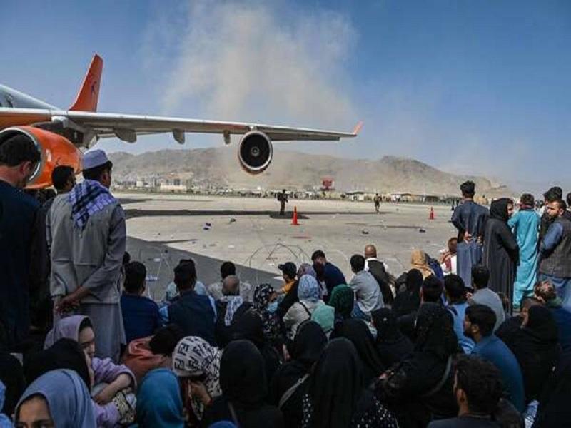 Afghanistan: 17 personnes auraient été blessées dans une bousculade à l'aéroport de Kaboul