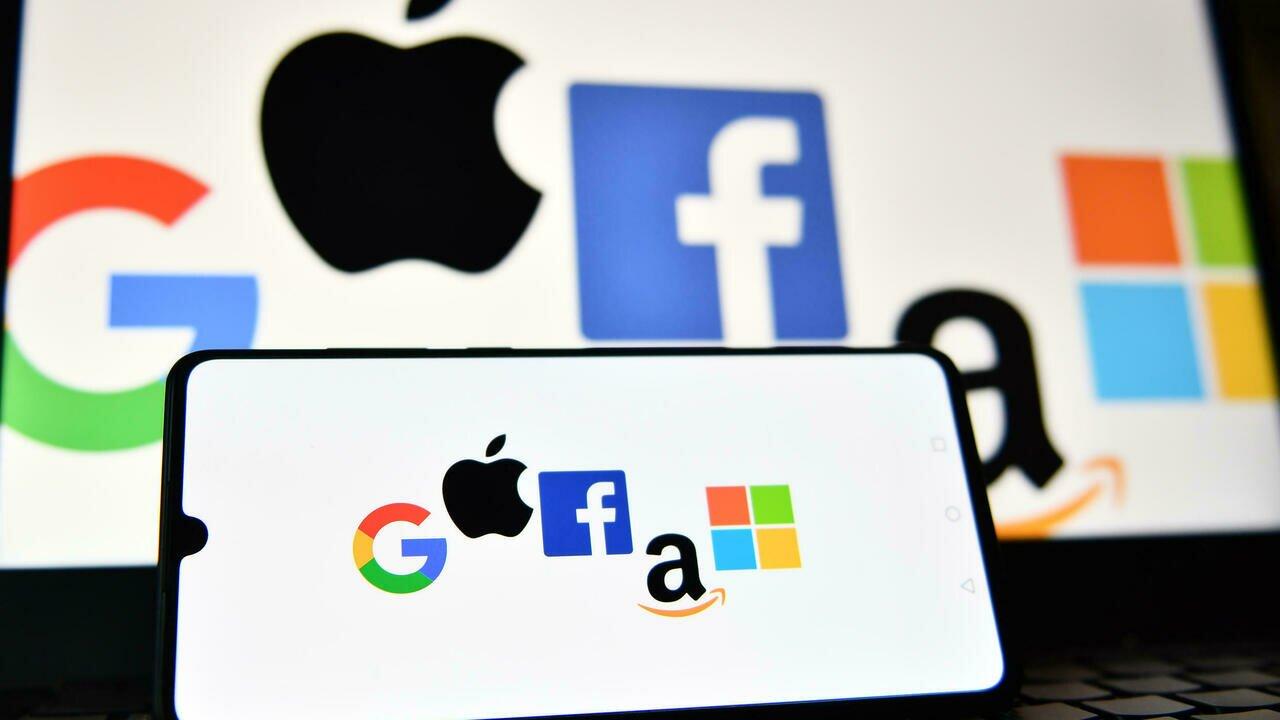 La Corée du Sud fera-t-elle école en s'attaquant au monopole d'Apple et Google?