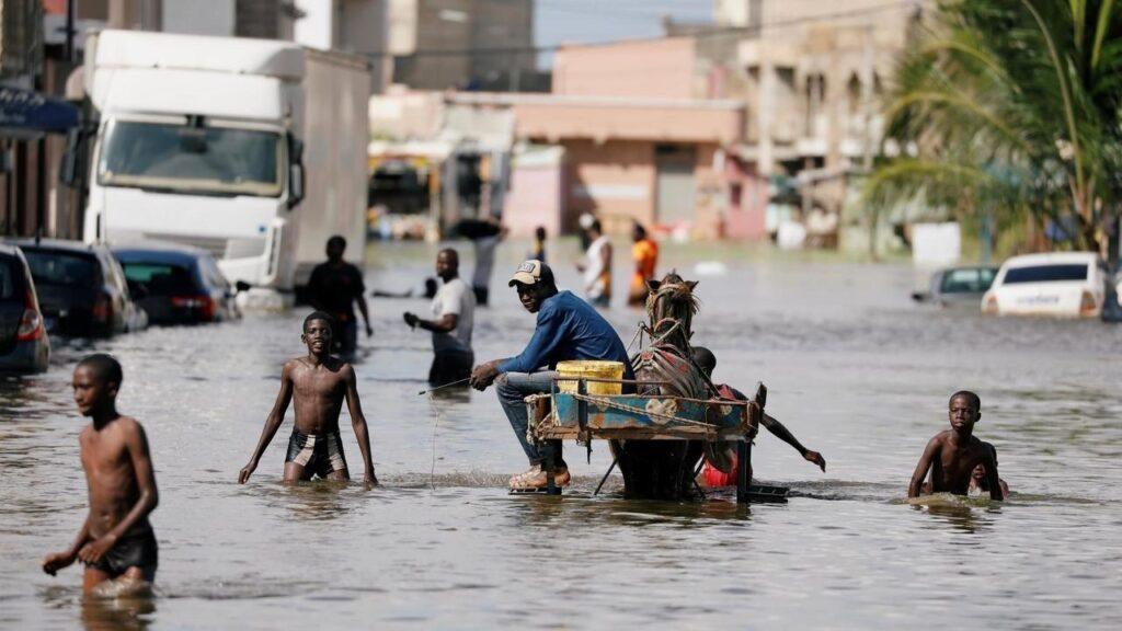 Inondations à Mbour: une vulgaire politique politicienne derrière les actes de solidarité avec les sinistrés !