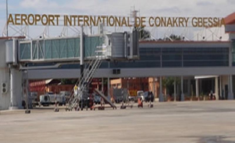 Coup d'Etat : Les vols en direction de la Guinée suspendus