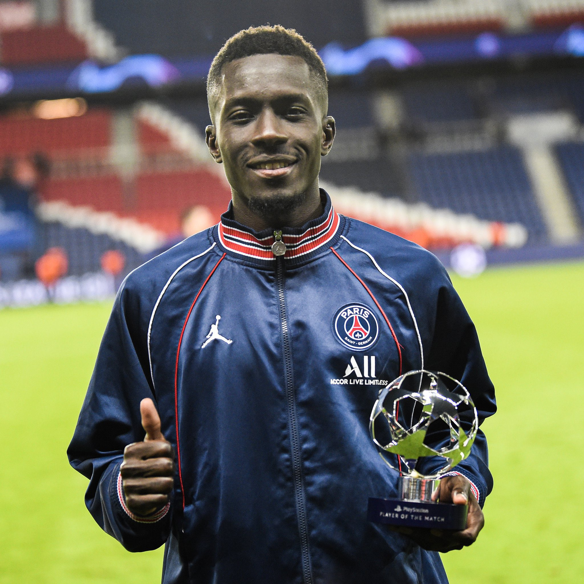 PSG-Man City: Gana Gueye élu homme du match
