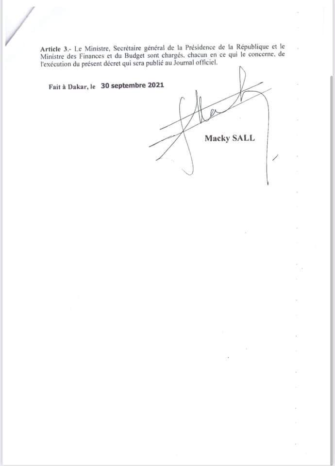 Macky dissout le Comité de suivi du Fonds Force Covid-19