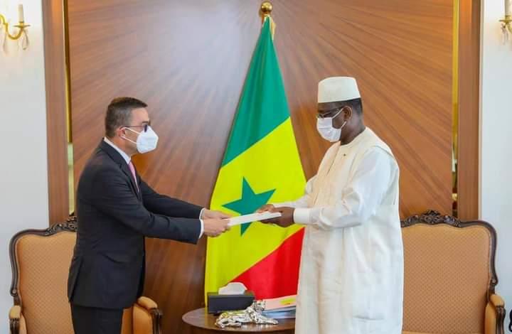 Palais : six diplomates présentent leurs lettres de créances !