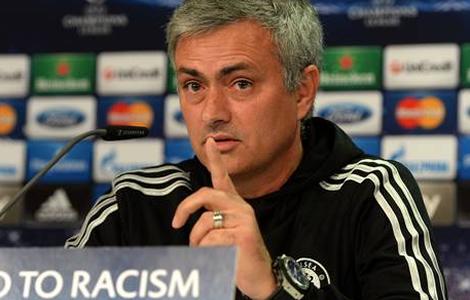 "Football- Racisme Mourinho ""pas d'accord"" avec Yaya"