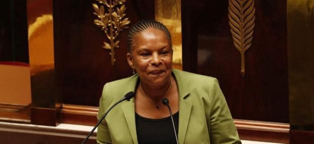 Christiane Taubira insultée par des enfants et leurs parents