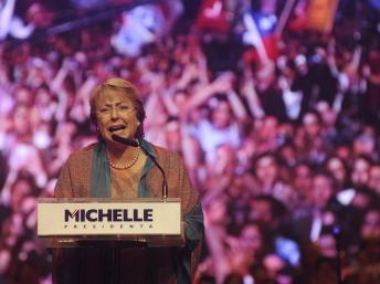 Présidentielle au Chili: Michelle Bachelet a plusieurs longueurs d'avance