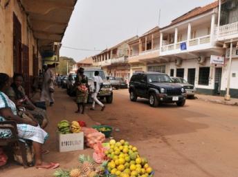 Une rue de Bissau, en 2012. AFP PHOTO/ ISSOUF SANOGO