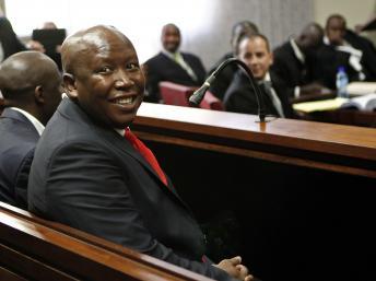 Julius Malema au tribunal de Polokwane, le 26 septembre 2012. REUTERS/Siphiwe Sibeko