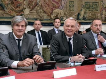 France: Jean-Marc Ayrault annonce une remise à plat du système fiscal