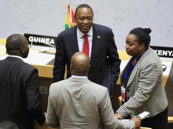 Le président du Kenya, Uhuru Kenyatta lors du sommet de l'Union africaine à Addis-Abeba, le 12 octobre 2013. REUTERS/Tiksa Negeri
