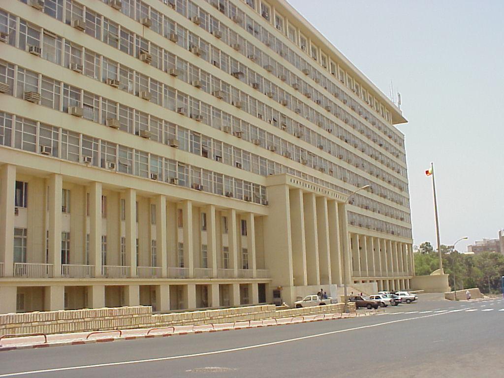 Gouvernement : bisbilles entre Amadou BA et Abdoulaye Bibi Baldé autour d'un bureau, Aminata Touré arbitre